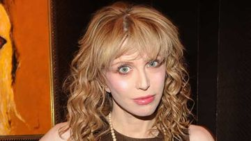 Courtney Love tunnetaan rääväsuuna.