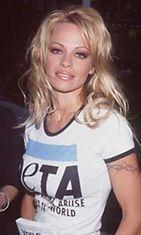 Pamela Anderson on työskennellyt ahkeraan eläinten oikeuksien puolesta.