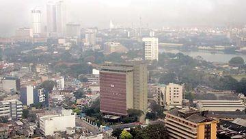 Pääkaupunki Colombo aamusumussa.