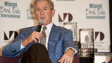 Yhdysvaltojen entinen presidentti George W. Bush osallistuui edelleen julkisiin puhetilaisuuksiin.