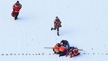 Ville Larinto kaatui pitkän hyppynsä Garmisch-Partenkirchenissä