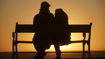 Tuulikin, 64, ja Kimmon, 40, suhde on kantanut jo yli 20 vuotta.