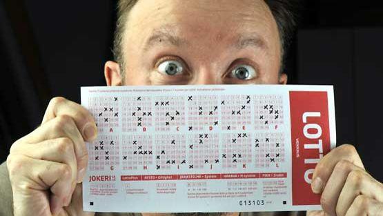 Unelma lottovoitosta elää suomalaisen mielessä.