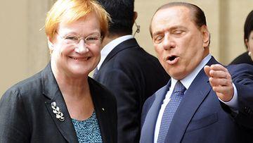 """Silvio Berlusconi on kertonut käyttäneensä """"Playboyn viehätysvoimaa"""" presidentti Tarja Haloseen."""