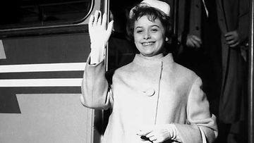 Marion matkalla euroviisuihin maaliskuussa 1962.