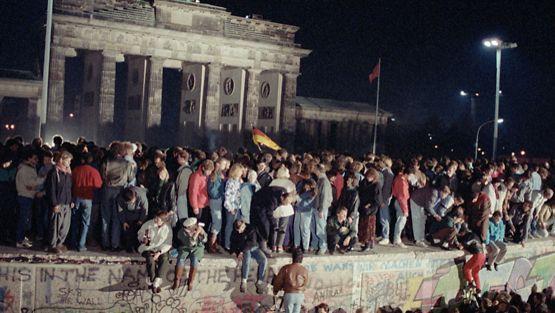 Antti Tuuri oli Berliinissä, kun muuria purettiin.