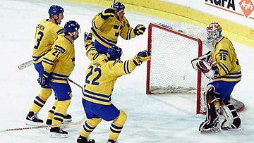Ruotsi juhlii vuoden 1998 MM-kultaa.