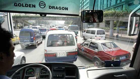 Ruuhkaa liikenteessä.