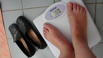 Erja paino on pudonnut itsestään lääkityksen avulla.