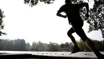 Liikunta auttaa taistelussa diabetesta vastaan.